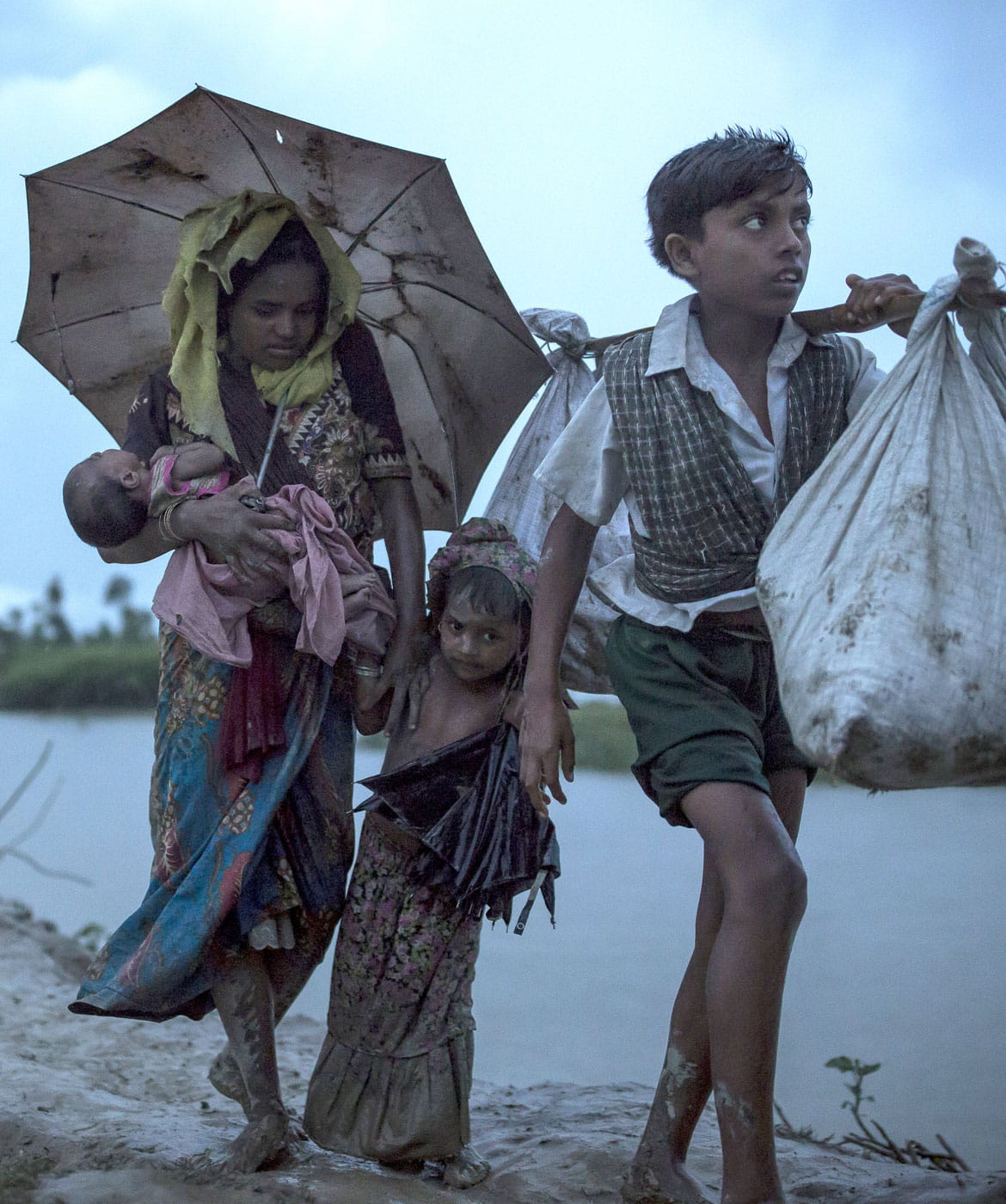 A group of children fleeing from Myanmar