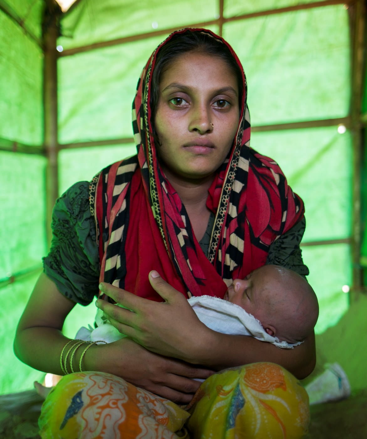 Woman and child in Yemen